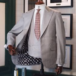 Dalmut Bespoke Light Grey Three Piece Suit